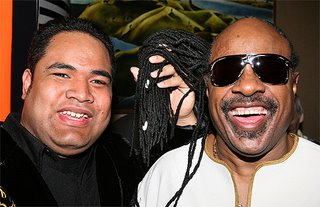 IN WONDER: All Ese Aumalesulu wanted to do when he met fellow blind singer and idol Stevie Wonder was to hold his dreads.